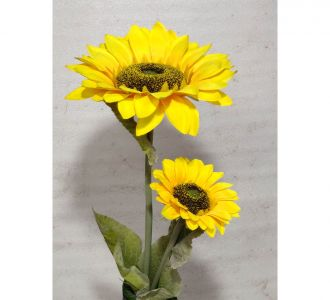 Artifical Plastic Flower For Home Decor In The Shade Of Yellow