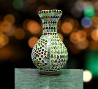 Flower Leaf Home Decor Cylinder Vase Gifting Item